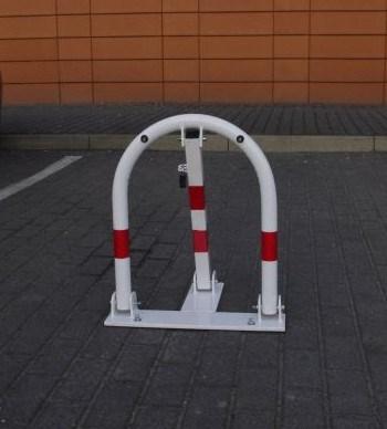 Blokada parkingowa na klucz