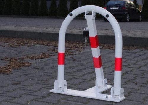 Blokady parkingowe na zamek, na klucz, zdalnie sterowane | parkingplus.pl